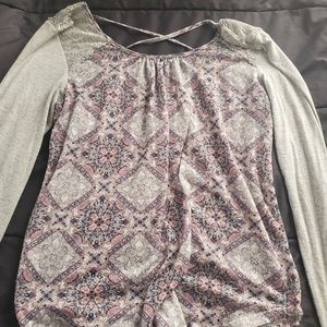 Large long sleeve top Maurices